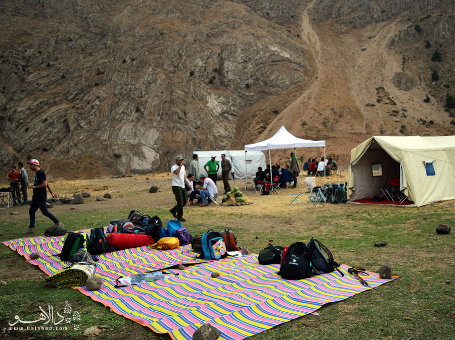 کولهها و چادرها