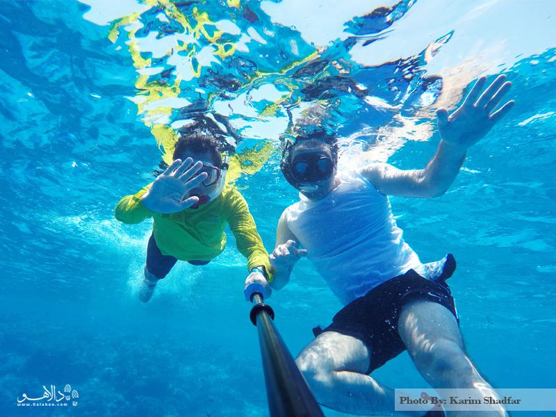 شنا در زیر آبهای اقیانوس هند