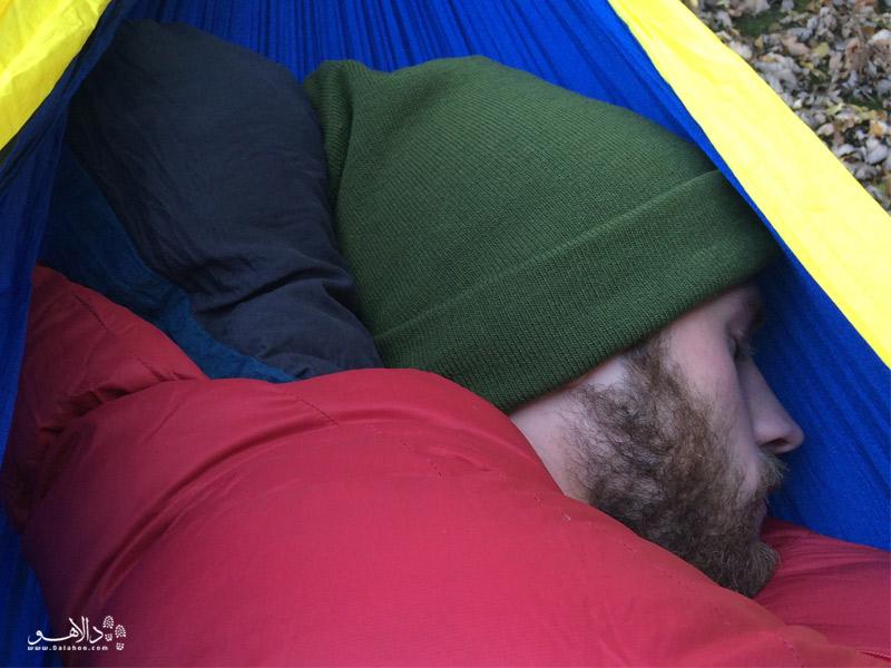 کلاه پشمی در خواب