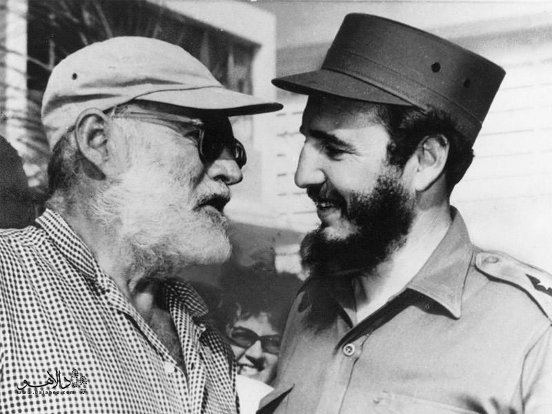 همینگوی در کنار کاسترو
