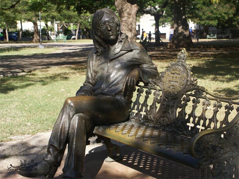 مجسمه جان لنون-کوبا