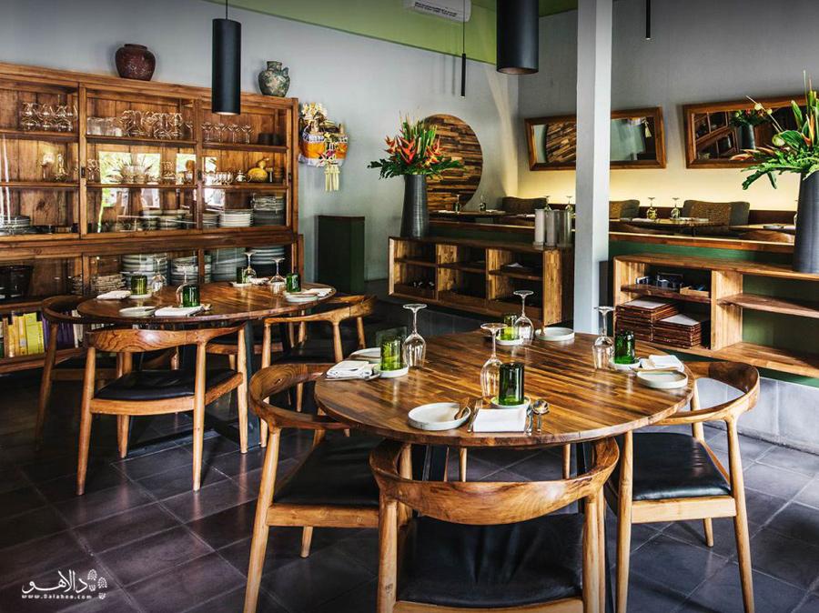 رستوران لوکاور