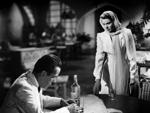 ملاقات مشهور همفری بوگارت و اینگرید برگمن در فیلم کازابلانکا در کافه ریک